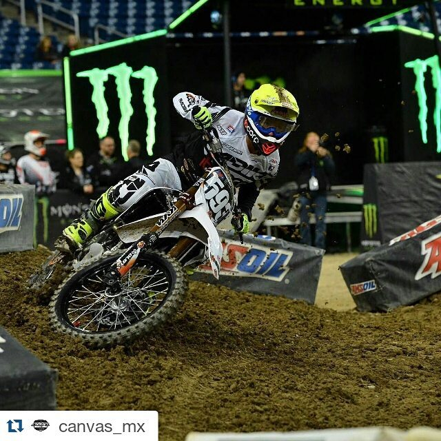 Thanks @canvas_mx crew for the awesome support!! #Repost @canvas_mx with @repostapp ・・・ Wishing fellow @radikal_mx team rider @mcastelo30 good luck this weekend in #Detroit #CanvasMX #RadikalMX #MX #SX