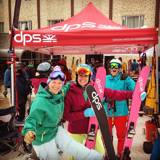 April in Alta demo @altaskiarea, the ladies were stoked and the sun was shining. #dpsskis.