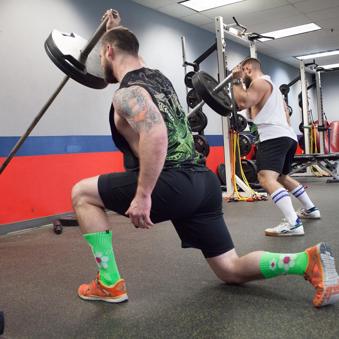 Function merged with style, and a touch of #swagger. Our socks are designed to perform in the gym yet give you the style to stand-out in everyday life. We call that #revolutionary Go ahead and #grabapair @masterclassapparel @catzneedham #socks #style...