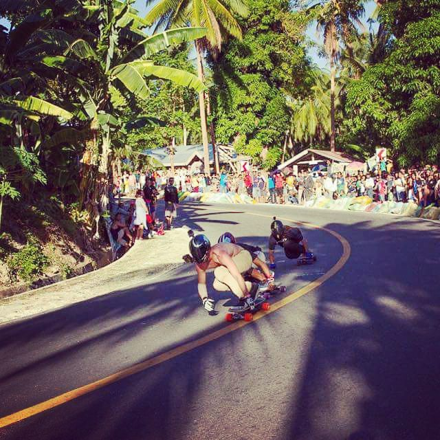 Killing it! @_mitch_thompson_ rallies out front on his #rayneexorcist deelite in the #chillipiines for the #siquijor race, part of the Visayan Longboard Trilogy. #VLT2016 photo: ryan nichols