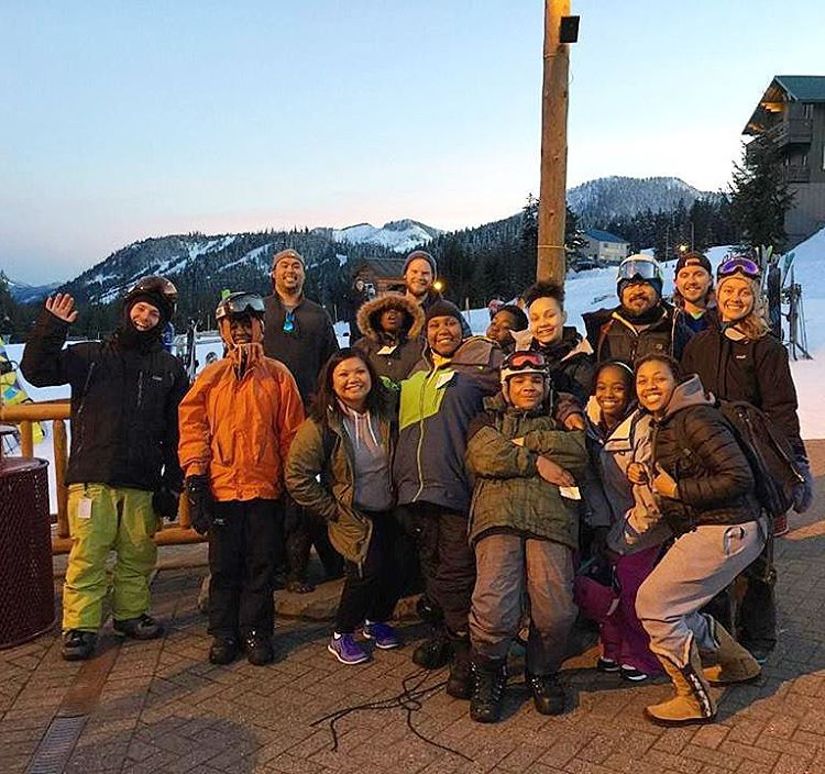 #tbt to the last #ride day at @summitatsnoqualmie ! If your in #Seattle head to @woodskys for the #PNW End of Season Bash tonight