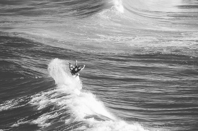 @ryancallinan throws one up for the weekend. #lifesbetterinboardshorts