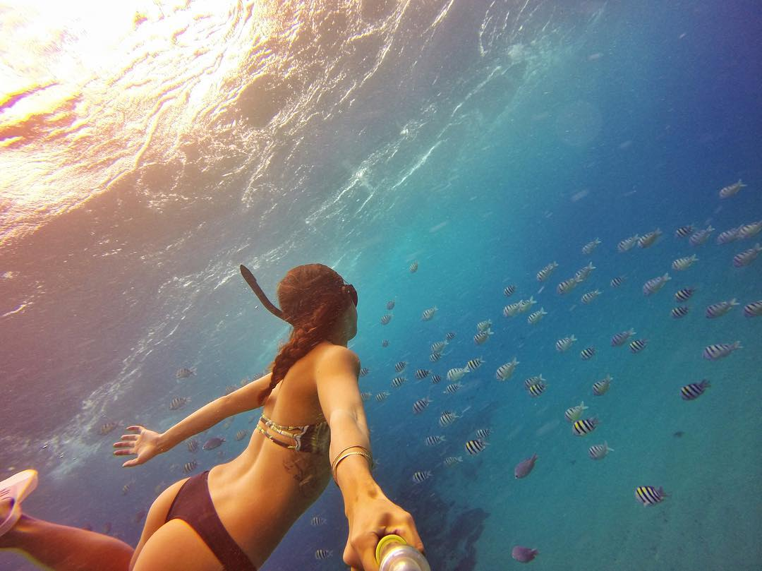 Snorkeling with friends! Photo: @jenifer_mai_ GoPro HERO4 | GoPole Evo #gopro #gopole #gopoleevo #snorkeling #