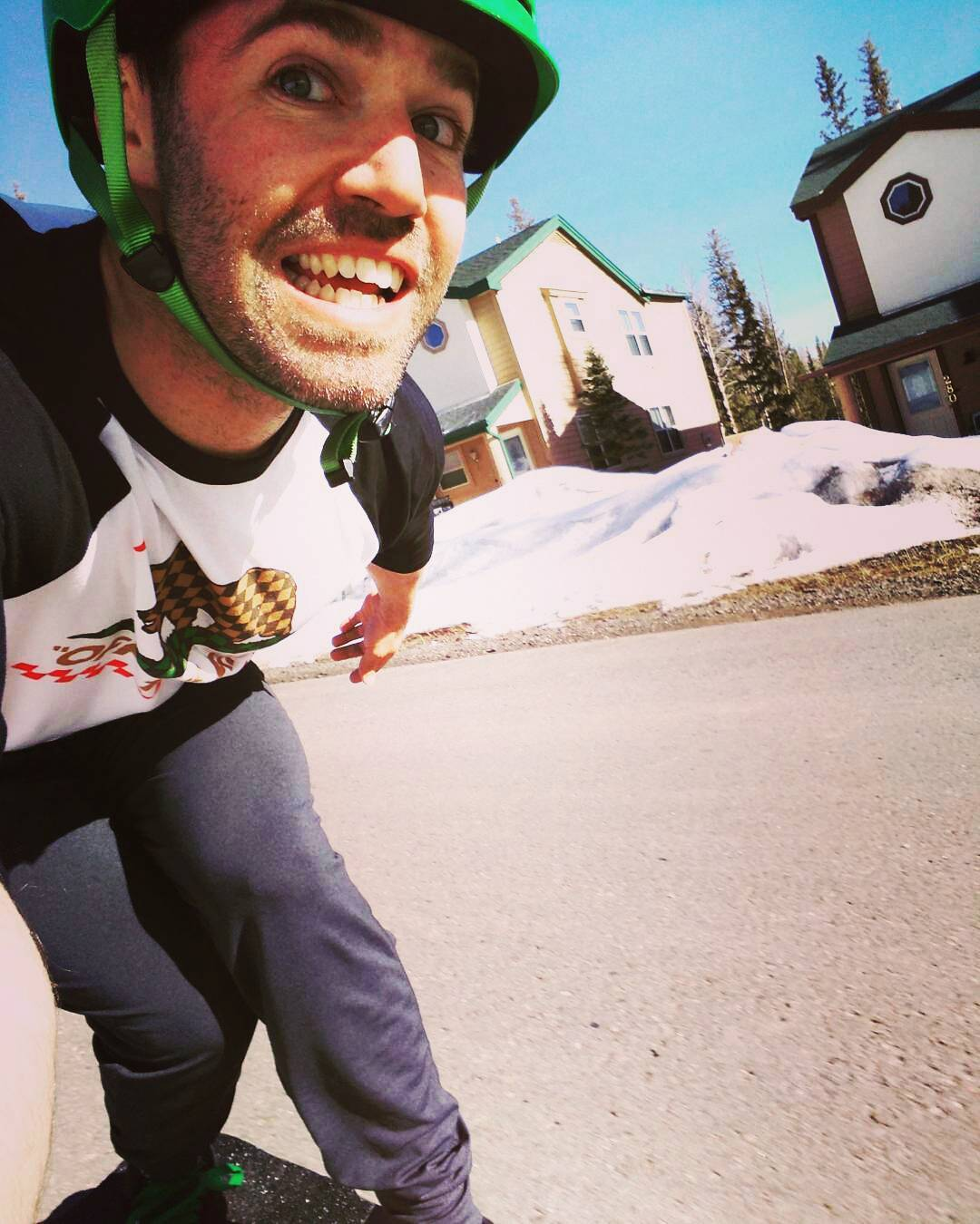 @niko_dh is enjoying the sunshine and is back on board! #selfie #melting #FR7 #PredatorHelmets