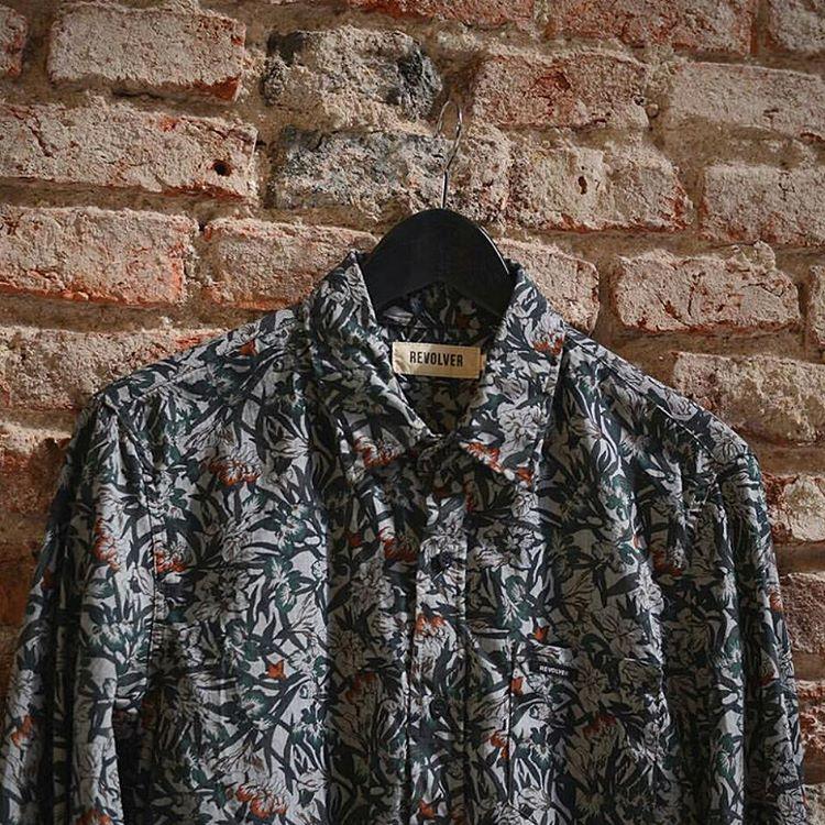 #roparevolver siguen entrando las camisas nuevas!