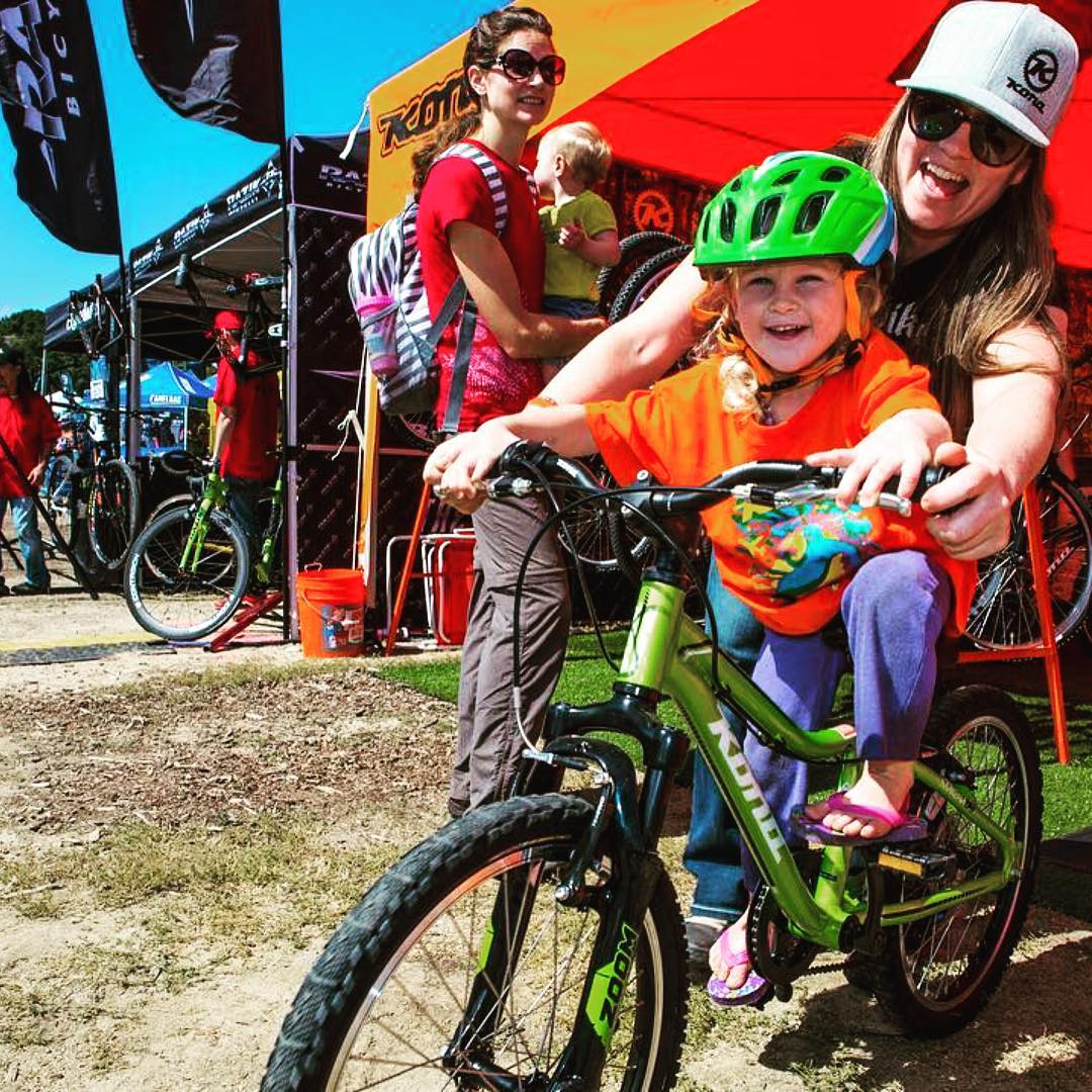 #Repost @konabikes ・・・ Sea Otter is in full swing right now and we are making children's dreams come true with our kids demo bikes! Swing by and have a beer while your kids shred! Find us at Booth #575 #kidsonkonas
