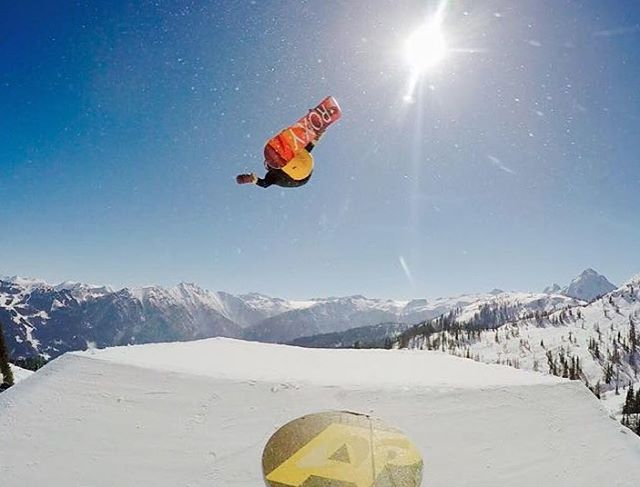 #regram @aimee_fuller sending it sky high in Austria #ROXYsnow