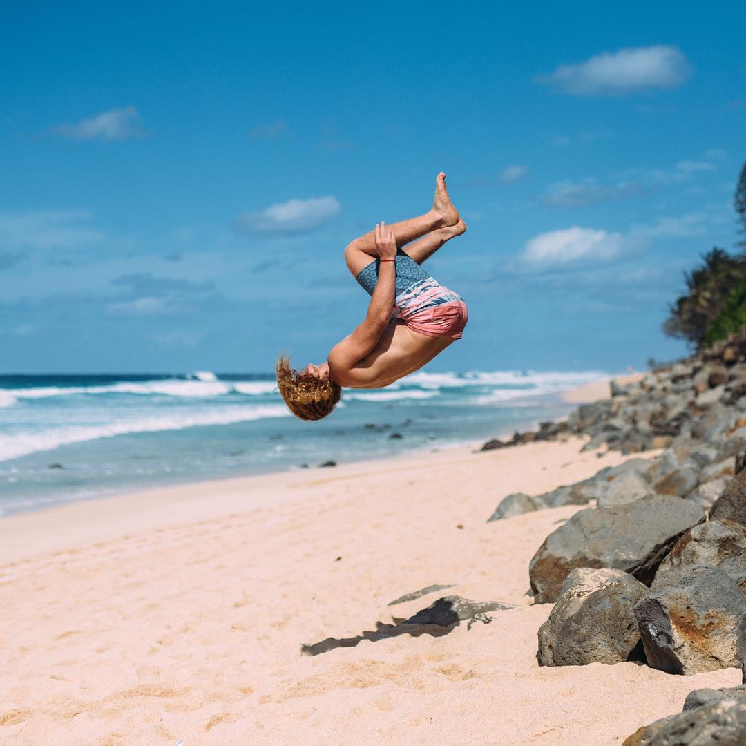 Flipping out over the new spring/summer boardshorts with @noahflegel  #allthingswater #bodyglove Available now at www.bodyglove.com/boardshorts