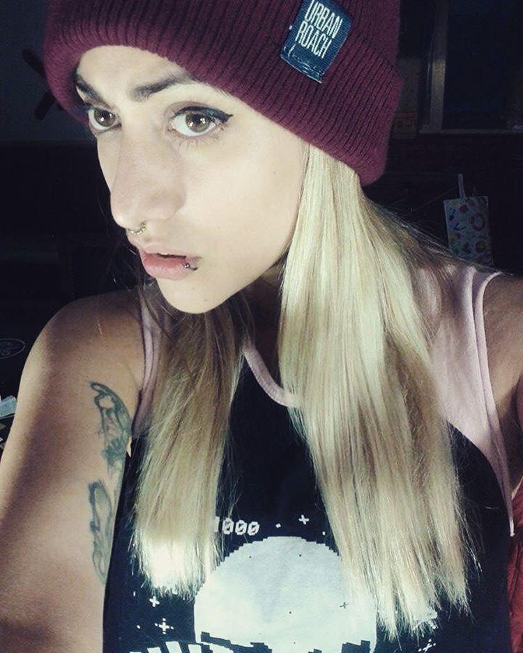 SHE ❤️ @sawrina #pixel #stylegirl #style #urban #urbanroach #photoofday #blonde