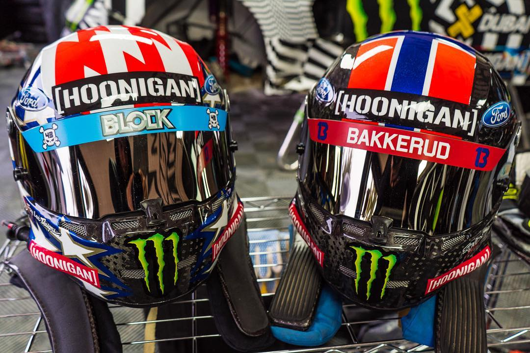 New livery + new race series = brand new helmet design work from @TroyLeeDesigns. 'Merica for me, and Norway for my teammate @AndreasBakkerud. Stoked on how these turned out! #carbonfiberbrainbucket #iheartcarbon #starsandstripes