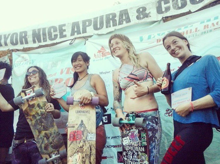 @idfracing's Veggie Hill Women's Podium! 1. @skatebagels  2. @_hazecat  3. @jennyschauerte  4. @tamaraprader  Yeah ladies, congrats! Repost from @trina.risos  #longboardgirlscrew #womensupportingwomen #skatelikeagirl #VLT2016 #VLT #veggiehill...