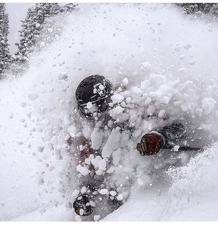 Looks like Colorado got another good dose of winter!  Skier: @lonesomepony PC: @jeffcricco  #embracethestorm ~ #flylowgear