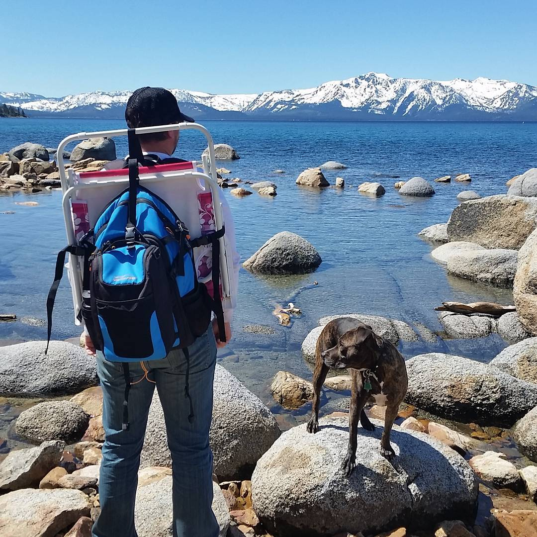 The spring/summer trips have begun! Short #hike to the #beach today with the Cascade and Jill. #getoutside #hiking #pups #laketahoe #renotahoe #tahoesnaps #adventure #weekends #graniterocx #outdoorsrocx