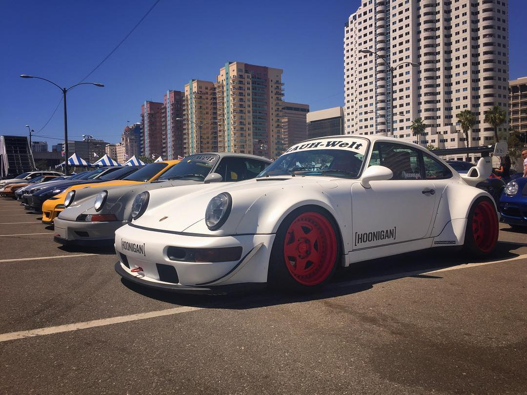 Sunday Funday at #lbgp today. Thanks to @motherspolish and @magnaflow for the premium parking inside the Exotic Car Paddock for the #rwbxhoonigan 911.