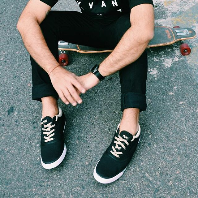 •Marea Hi•  Cc @enchupines  #sneakers #sneakerfreaker #shoestagram #kickstagram #menswear #mensfashion #fashionblogger #sk8 #skateboarding #lifestyle  #sneakerholics #sneakerhead  #vsco #vscocam #menstyle