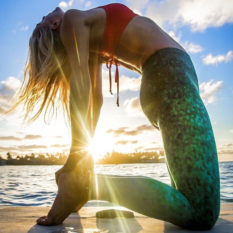 OPEN YOUR HEART TO ADVENTURE  Win OKIINO multi-functional leggings from @yogajournal & @myyogaongaia all week.  Enter-to-win 4/18-4/22 - Link in profile.  #SUP #yoga #mermaid @gilliangibree of @paddlefitness captured by @instaclamfunk @wanderlustfest...