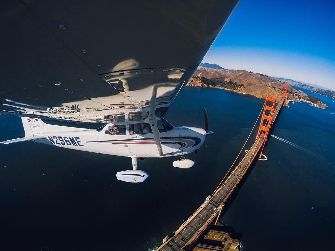 Photo of the Day! We're buzzing the #GoldenGateBridge on this #TravelTuesday!  #