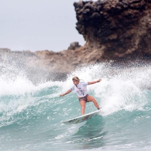 @josefina_ane, la nueva 7 del mundo. #soul #surfing #waves #isawjsc #reefargentina