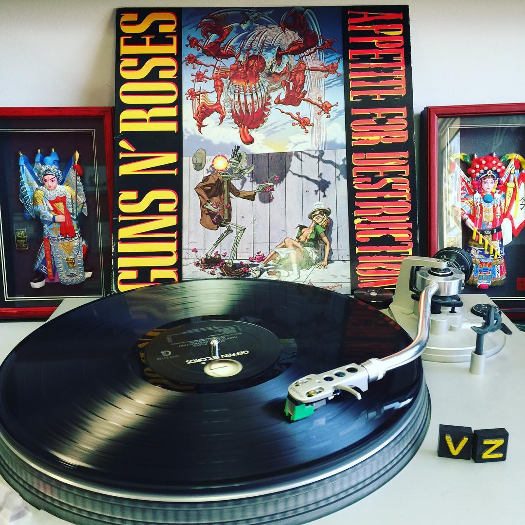 We are turning it loose today on #TurntableTuesday with @gunsnroses #appetitefordestruction! What are you jamming?? Tell us in the comments below! #VonZipper #SupportWildLife
