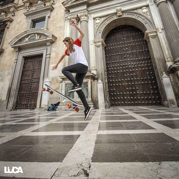Spanish rider @anihitachi skating Granada! @lucalongboards photo.  #longboardgirlscrew #womensupportingwomen #skatelikeagirl #lgc #granada #spain #españa