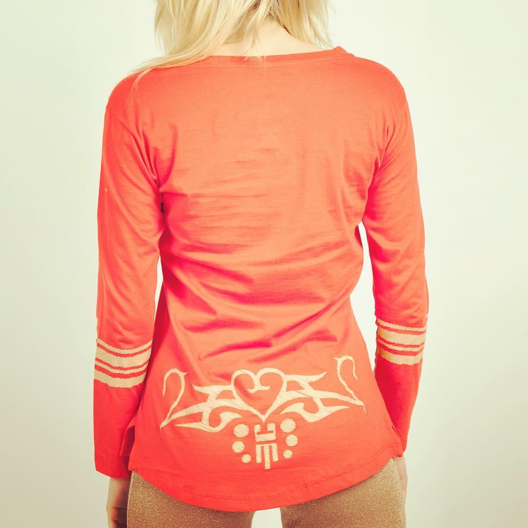 #chili #chilimango #redhotchilipeppers #music #musica #tattoo #tatuajes #surfer #surf #surfgirl #surfing