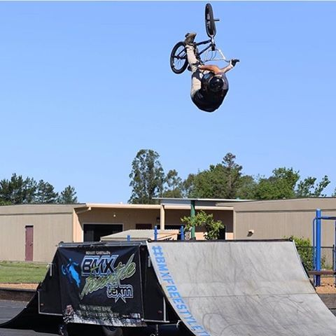 Can't remember the last time we saw a shot of @tycallais the right way up! Our local #SixSixOne Brand Ambassador throwing down at yet another @bmxfreestyleteam show! Photo repost @cinedar #661Protection #DirtLidPlus #bmx #ProtectFun