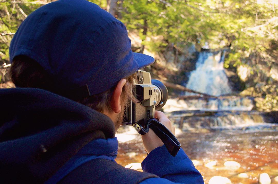 Definitely chasing waterfalls. #CantStopWontStop  Enter our #AlwaysEarthDay photo contest by 5PM EST Friday for a chance to win $100 of your choice of #Flowfold gear! Learn more using link in profile.