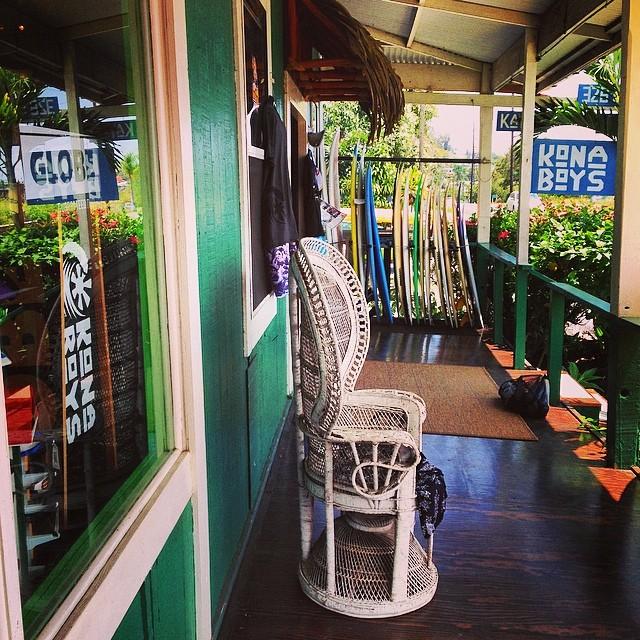 Down @konaboys where you can get all the sweet #gearforislandlife #konaboys @islandcarp #welcomeback #surfshop
