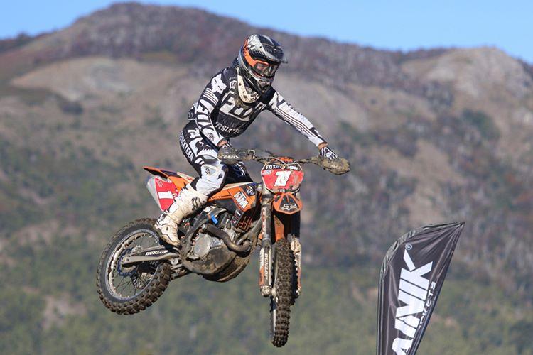 @joaquinpoli199 en la última fecha del Campeonato Argentino de Motocross, en Bariloche. #FoxHeadArgentina #RidersFox