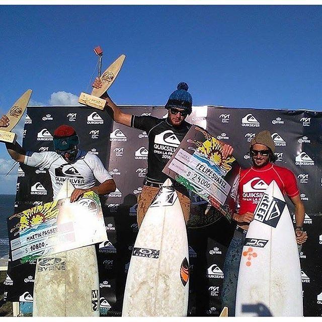 El #TeamReef copando el podio de la última fecha del circuito nacional de surf, La Paloma, Quicksilver Pro. Felicitaciones a nuestros riders @martinpasseri y @nahuelrull por el 2do y 3er puesto, orgulloo!!