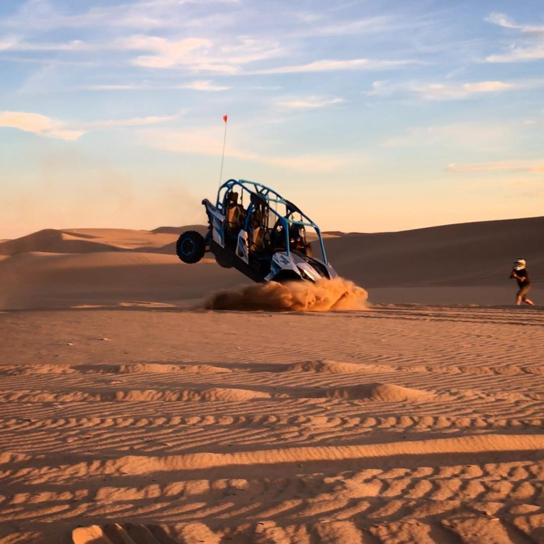 Inspired by our pal @wolfmate aka #YardSale, resident destroyer @hertlife set out to make a name for himself in the utv world. #lawndart @canamofficial  ______ #canam #canammaverick #utv #glamis #dunes
