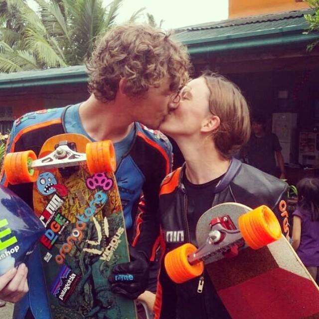 @tamaraprader & @patrickswitzer won Women & Open during #VLT5 in #Philippines. Congrats buddies! Full report coming soon in www.longboardgirlscrew.com Colin Beck photo #doubletrouble #toomuchawwww #longboardgirlscrew