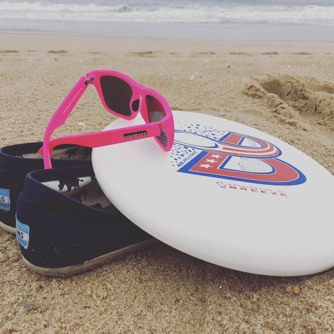 First beach day of #summer #2016 with @thedcbreeze @toms #waveborn #givesight #findyourbeach #beach #ultimate #audl