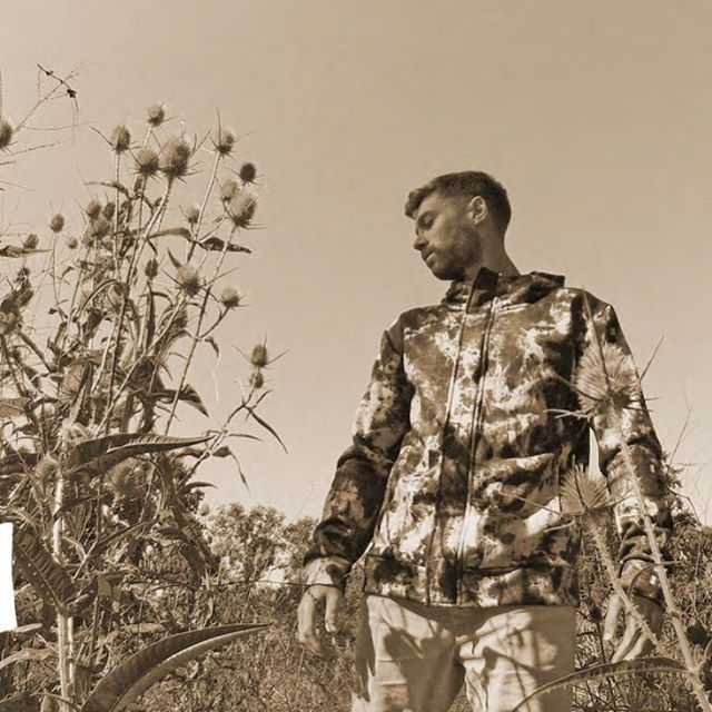 El otoño ya es un echo... #buzo #fullprint.  #lifeiswow #ziphood