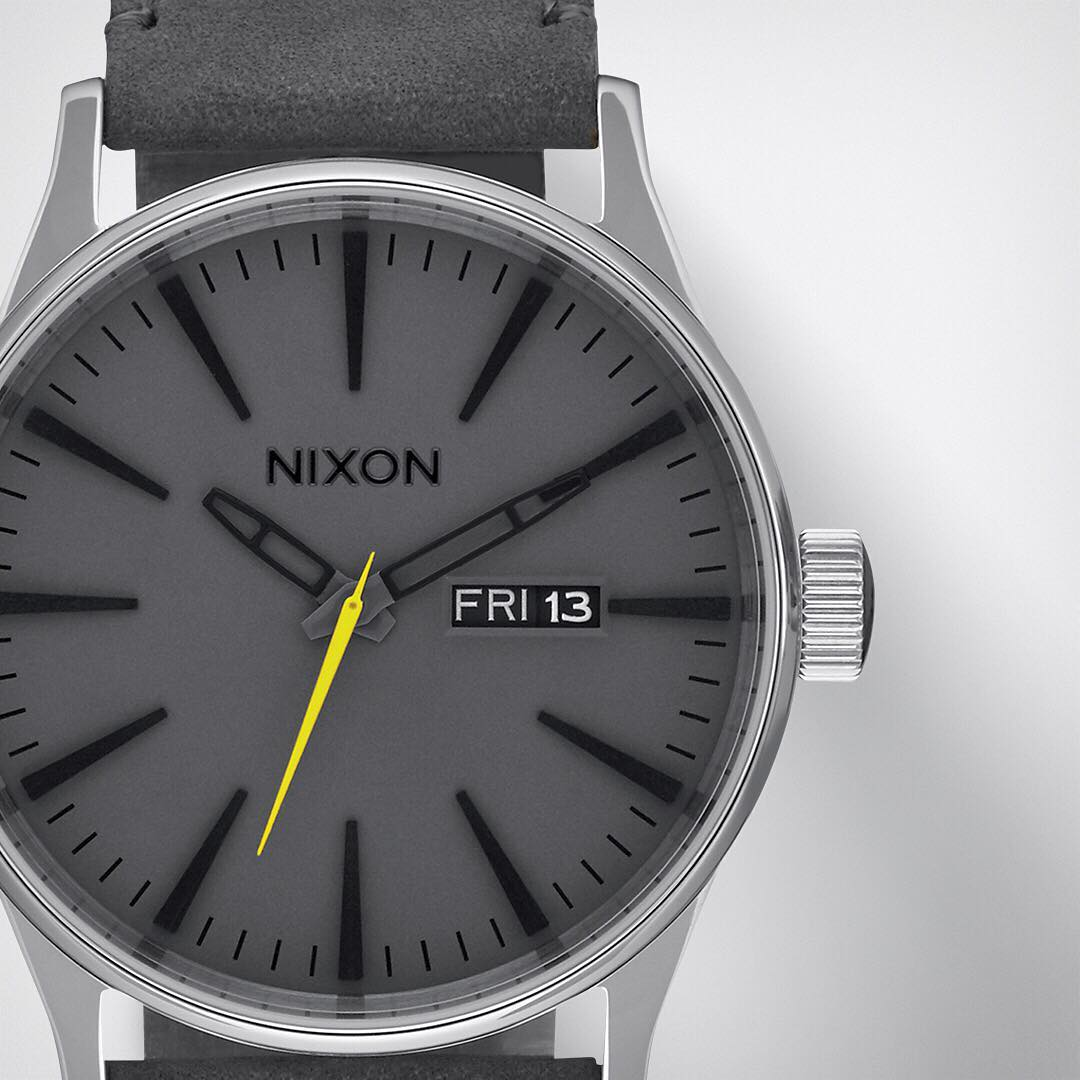 Business or pleasure. The #Sentry Leather goes either way. Now available in charcoal grey. #Nixon