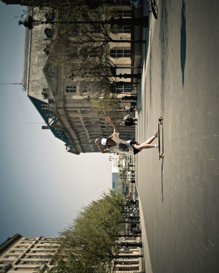 One of our favorite photos from @lgcfrance Ambassador @tahina_m in Bordeaux.
