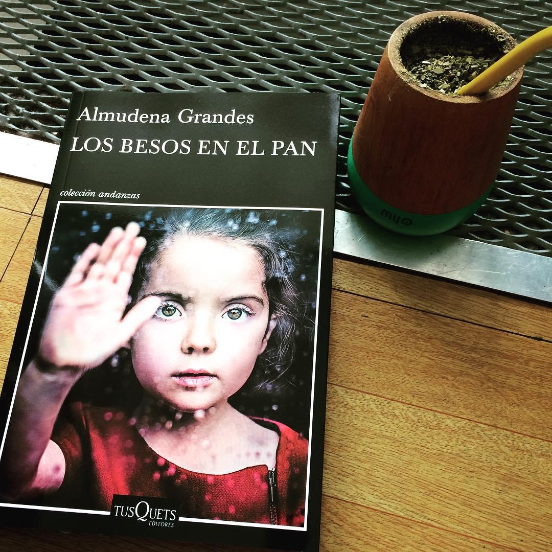#domingo #lecturas #almudenagrandes #mate @mijo.objetos