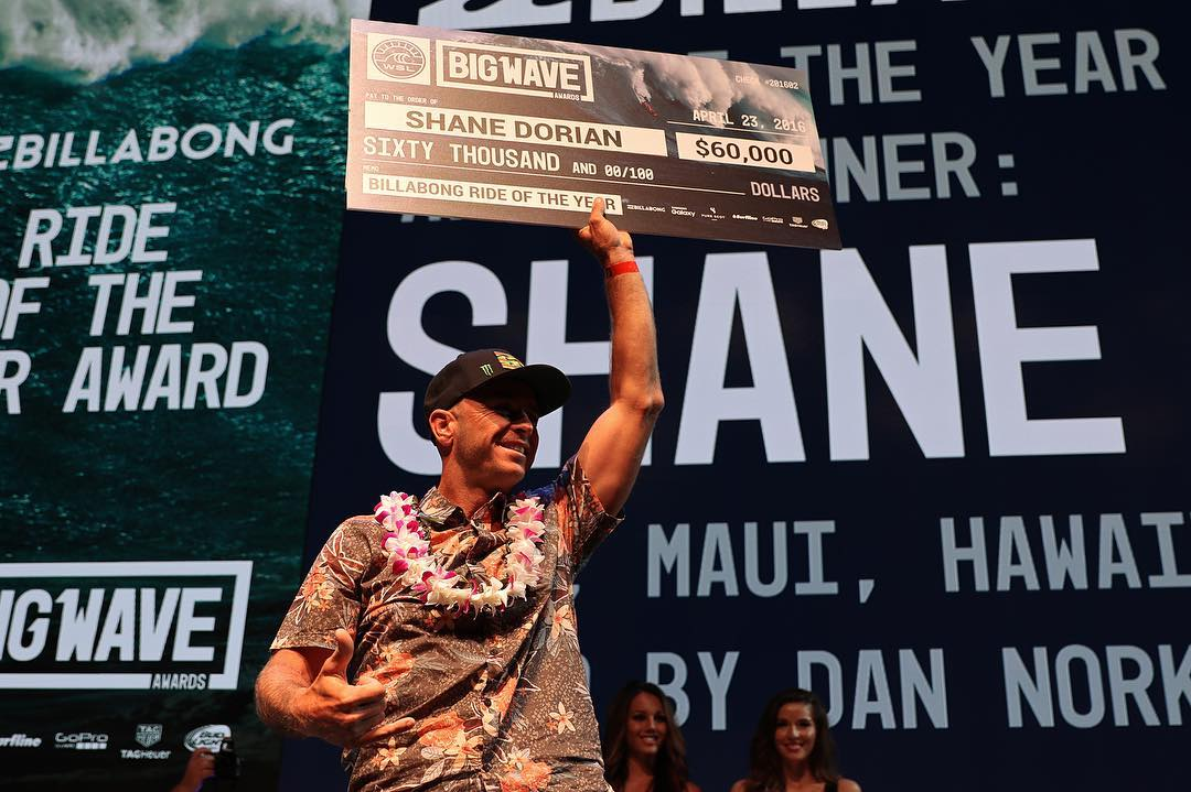 Well deserved @shanedorian!! Congrats on winning @billabong ride of the year and @surfline men's overall performance  award last night at the @wsl Big Wave Awards. #h2ofloatable #dorian