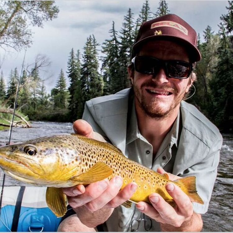 Between late spring storms in Aspen @willcardamone is getting out fishing and shooting photos in our new spring gear.  Here is his buddy Welgos slaying trout in a new Anderson tech button up.  #producttesting | #flylowgear