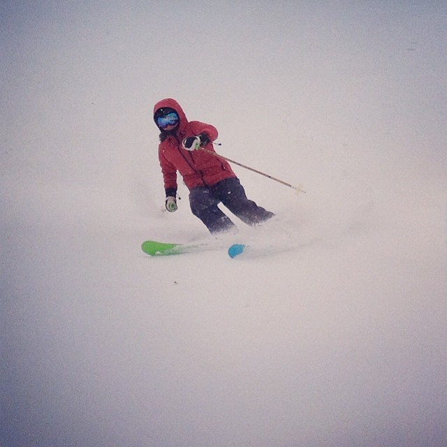Nothing but white stuff today! Alpine Meadows was deep and empty. @jbadewitz getting after it. #praxismvp #whomakesyourskis @flylowgear #skiercrafted @soulpoles