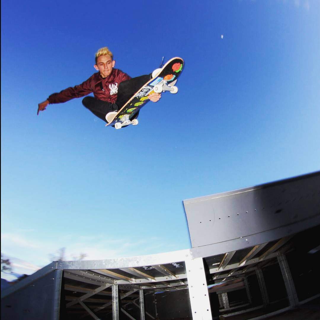 Sean Stratmeyer--@kurkylurk666 melon grab with style and aggression on the Facemelt!