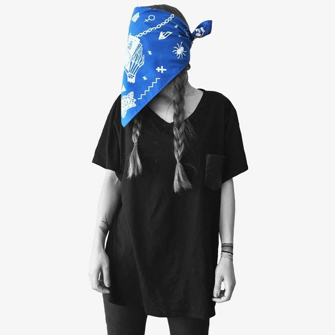 Bandana MAGIC #usalacomoquieras #pixelart #pixel #black #byn #style #moda #bandana #girlstylelook