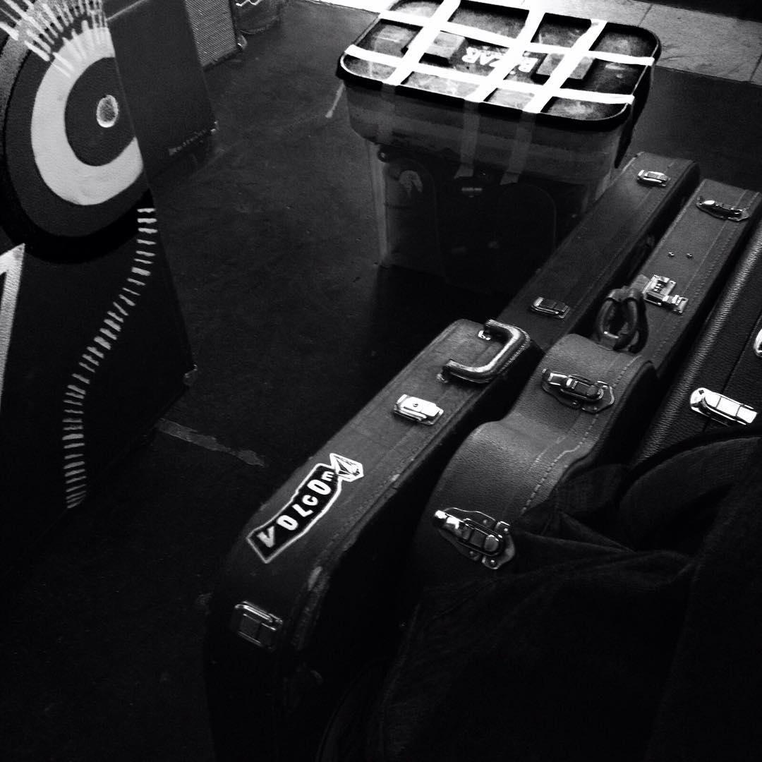 Ahí donde está la música. Estamos. #volcoment #truetothis