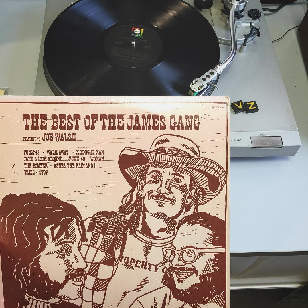 Today we are making six string moves to the sounds of #TheJamesGang featuring Joe Walsh. This stuff is bitchin! What are you jamming to? Hit us in the comments below!  #TurntableTuesday #Vonzipper #SupportWildLife