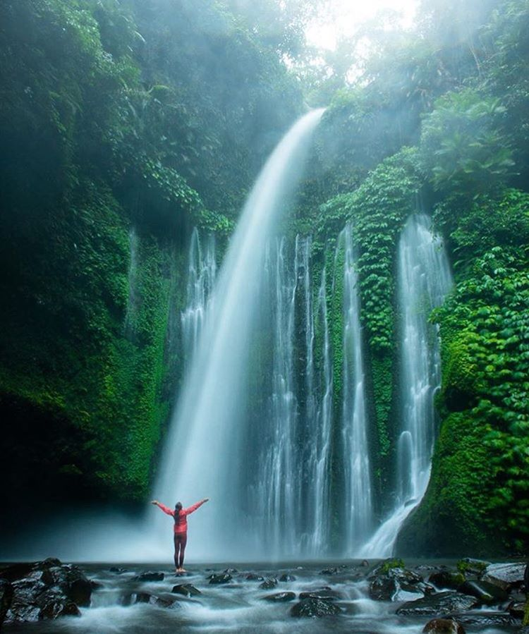 @travisburkephotography up to his old waterfall chasing tricks, Indonesia style
