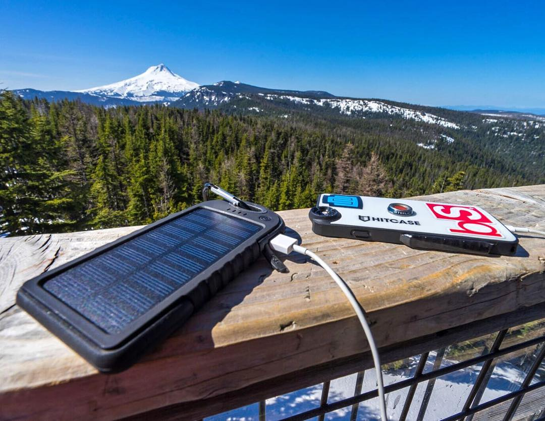 Stay charged 24/7 with GoPole Dualcharge. Photo by GoPole Ambassador @mr0tt. #gopole #dualcharge