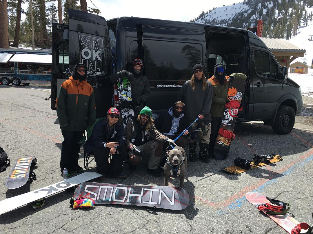 Firs day at #Superpark20 big thanks to @snowboardermag @mammothmountain @mammothunbound  the #smokinTeam is in full effect @firstname_lastname100 @shoma3 @_swells_ @matt_busedu @insta_grampa @eldulche @juicyyjokerr #LB , stay tuned for the best...
