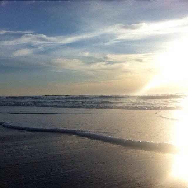 Photo of the day from Florida: Fun· Waist(2ft) (via Khaliel Gauntlett) — at Cocoa Beach Pier #goFlow #florida #surf