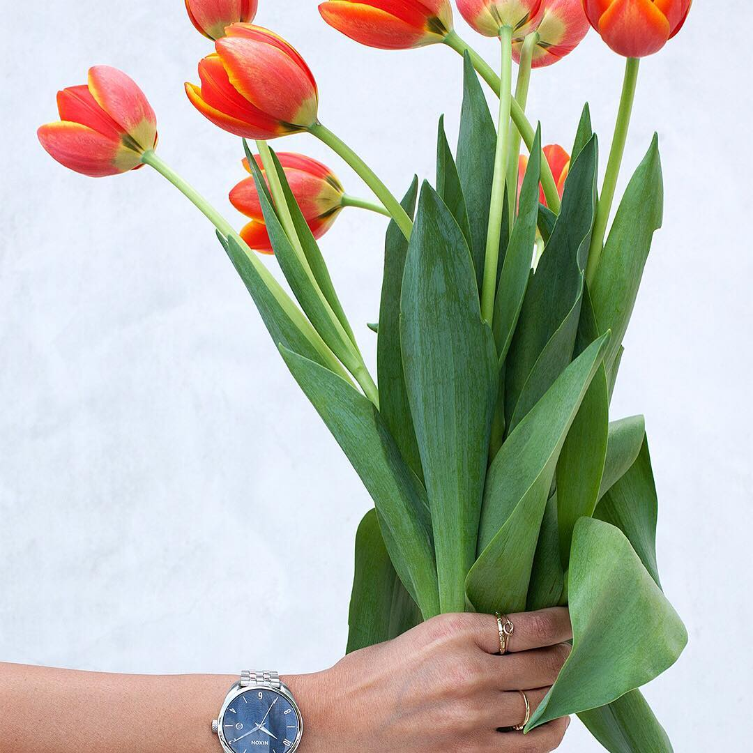 In bloom. The #Bullet in navy and rose gold. #Nixon