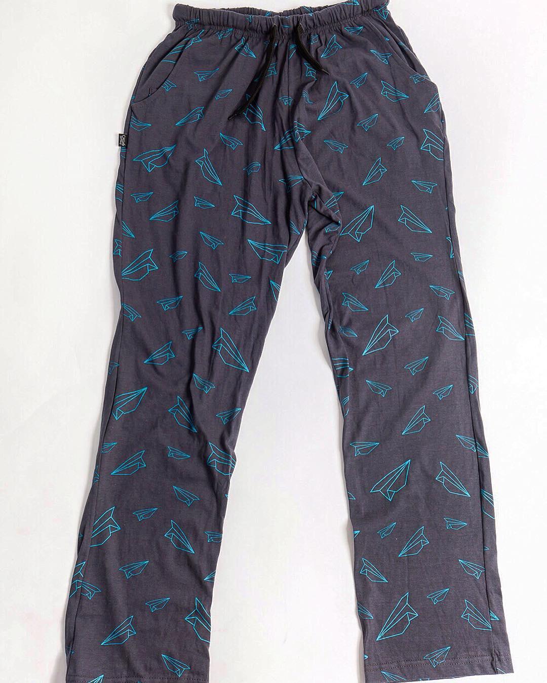 Se van los últimos dos! ✈️ Solo por www.chillingcompany.com  Talle S y XXS.  #chillingpants 100% algodón.